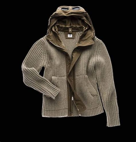 Cp Sweater Jaket Snow open knit lambs wool sweater with goggle and convenient microfiber and polyester