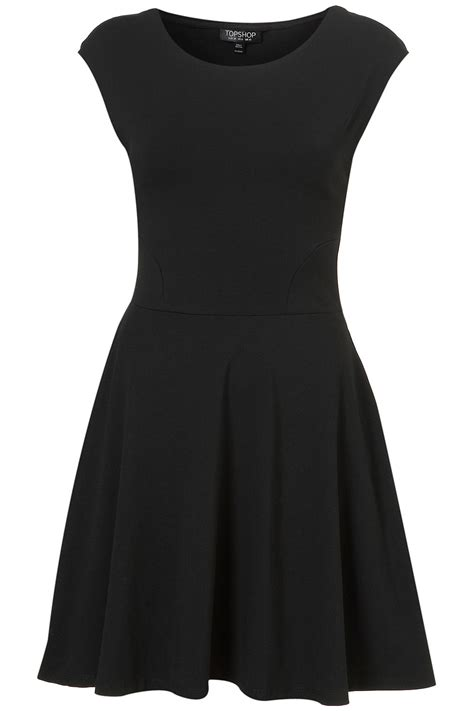 imagenes vestido negro moved permanently