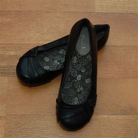 mudd flats shoes 67 mudd shoes black flat shoes by mudd size 8 from
