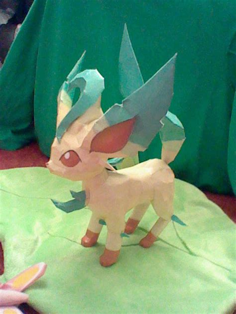 Leafeon Papercraft - leafeon papercraft by princessstacie on deviantart
