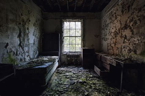 abandoned room abandoned room hd wallpaper world s greatest site