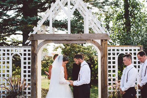 Intimate Backyard Wedding by Melodie And Tim S Intimate Backyard Wedding In Ontario