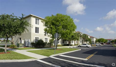 Apartments For Rent In Miami With View Cedar Grove Apartments Rentals Miami Gardens Fl
