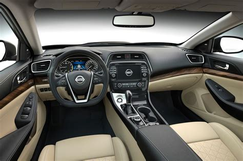 nissan maxima 2016 interior 2016 nissan maxima first look photo gallery motor trend