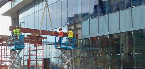 Pasang Kaca Gedung jasa pemasangan kaca gedung di jakarta info wa 0812 98