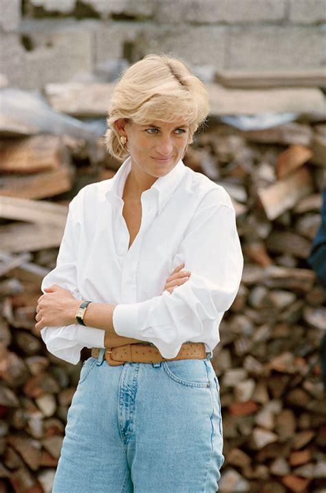Princess Diana Vanity Fair by A Statue Of Princess Diana Will Be Erected At Kensington