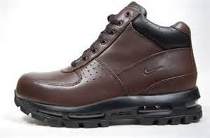 Thread nike acg boots