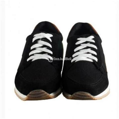 Sepatu Footsep Intro Black sepatu kets footstep fasto black size 40 44 harga murah jawa barat dijual tribun jualbeli