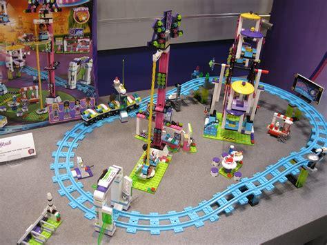 N Friends Roller Coaster lego friends amusement park roller coaster