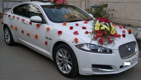 Cars Decorations by Enter In Style With These Wedding Car Decoration Ideas