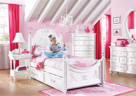 Princess Bedroom Set by If You Can T Stay In Disney World S Cinderella Suite Can