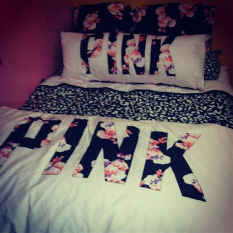 victoria secret bed sets 22 off pink victoria s secret accessories pink bedding