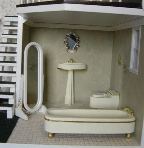 Finished Heirlooms   Martin Dollhouses