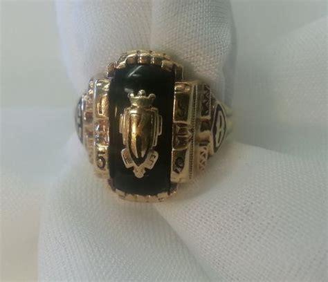 vintage class ring jostens 10k gold onyx 1959