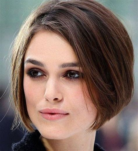 photo  short hairstyles  wide faces