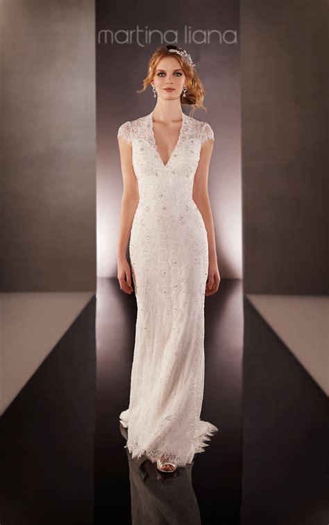 vintage lace keyhole  bridal gown martina liana