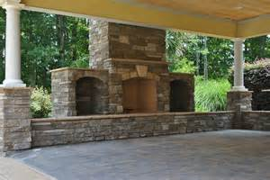 outdoor entertainment area outdoor kitchens from procare services procare custom