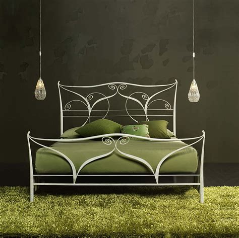 wrought iron bed frame king ccrcroselawn design