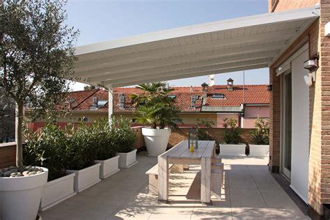 gazebo a pergola in ferro gazebo e strutture da giardino standard e su misura