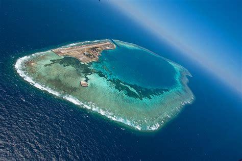 sipadan dive layang layang island resort malaysia scuba diving packages