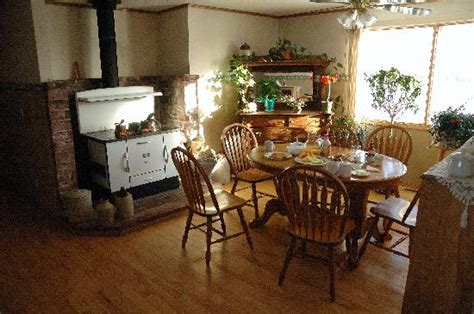 country comforts bed and breakfast country kitchen dining area picture of country comfort
