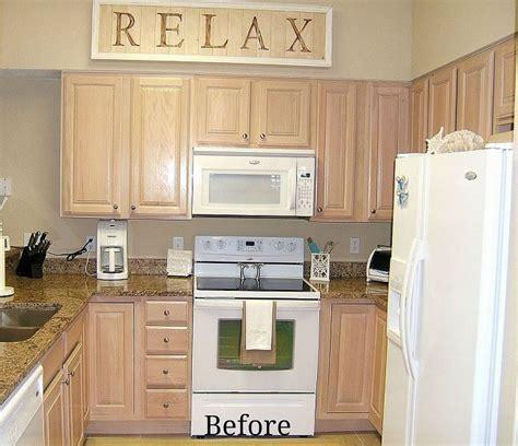 pickled oak kitchen cabinets kitchen cabinet remake pickled to beachy