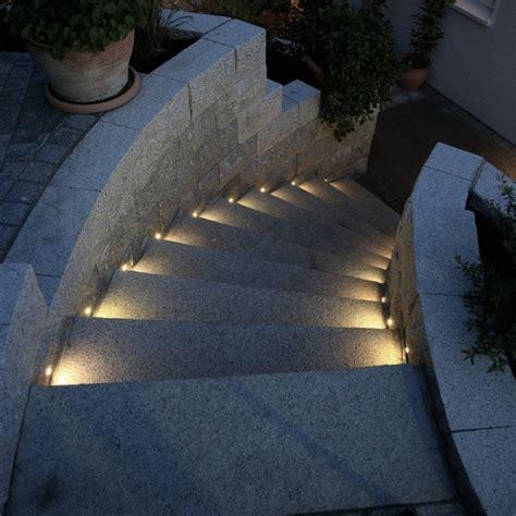 terrassenboden beleuchtung led bodeneinbauleuchte quot point quot blau ip68 20kn 12v
