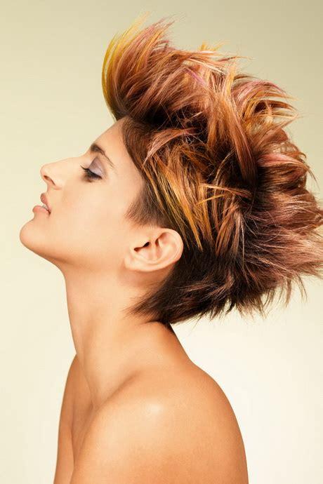 straehnchen kurze haare