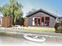 fishing boat hire brundall norfolk broads cottages lodges for hire