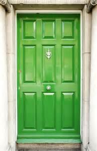 green front door bandanamom entre