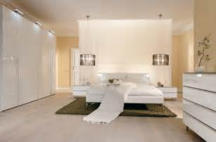 Modern bedroom decorating ideas modern bedroom decorating ideas with