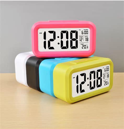 Jam Waker Digital Dilengkapi Kalender Dan Pengukur Suhu jam alarm digital multifungsi jam digital dengan design