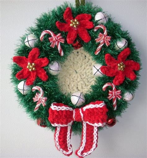 crochet pattern for xmas wreath crochet christmas wreath wall deco by jerre lollman