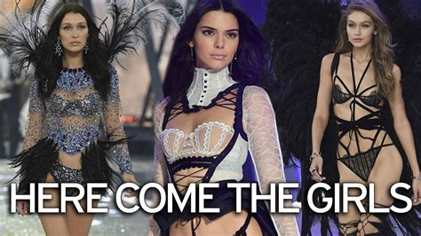 victoria secret models in real life victoria s secret angels stun at spectacular fashion show