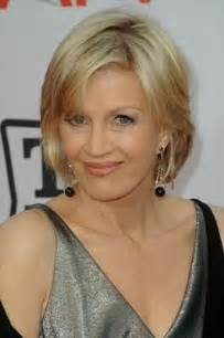 haircuts to soften a big chin diane sawyer casual soft volume and sexy chin length