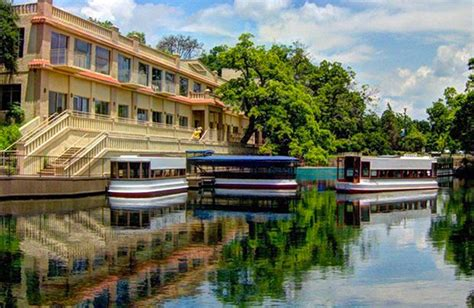 glass bottom boat austin tx the 10 coolest boat tours on groupon