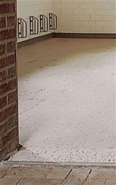 pavimento cemento autolivellante pavimentazione autolivellante bricoportale fai da te e