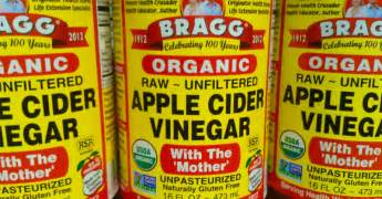 Apple Cider Vinegar Before Bed by Drink Apple Cider Vinegar Before Bed For These 10 Amazing