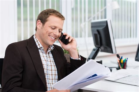compensation plan for a startup sales executive crown
