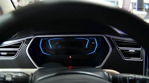 Tesla Model S Dashboard Zotye E30 Ev Shoves A Tesla Model S Dashboard Inside A