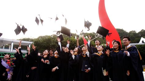 Hong Kong Mba Salary by Salaries Of Hong Kong S Graduates Dropped 20