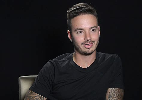 j balvin apologizes for women in bogot 225 joke
