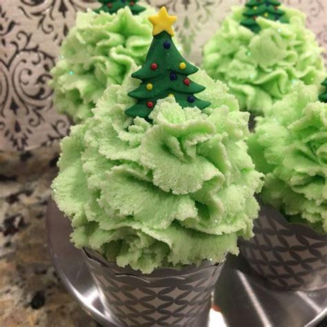 citrus smelling christmas tree mega bubbling 5oz tree citrus explosion scent snowman bath all bubbles bar
