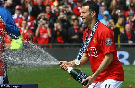 arsenal epl chion youtube ryan giggs arsenal