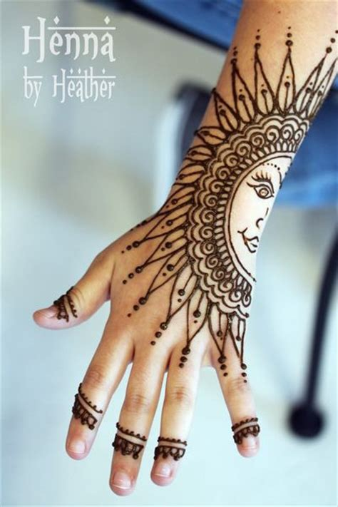 where can you get a henna tattoo near me 16 henna tattoos you ll want this summer