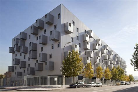 social housing design 168 social housing in madrid by coco architecture