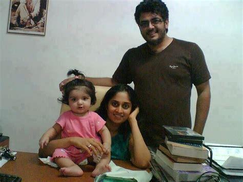 actor ajith and family thala ajith rasikan ajith latest famil photos