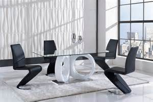Global Furniture Dining Room Sets Global Furniture D9002 7 Dining Room Set In White Black