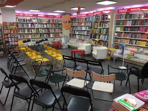 libreria mondadori salerno quot con il vento nel cuore quot il libro di raffaella palumbo