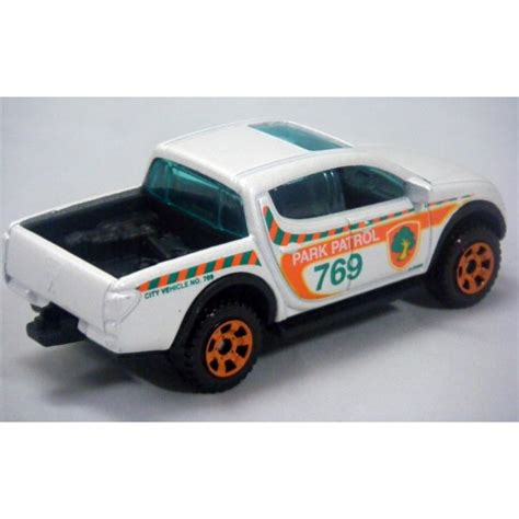 matchbox mitsubishi matchbox mitsubishi l200 warrior truck global